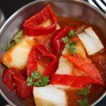 Bacalao con salsa de tomate express; una receta de cuaresma