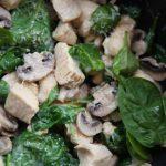 Tacos de pavo con champiñón y espinacas