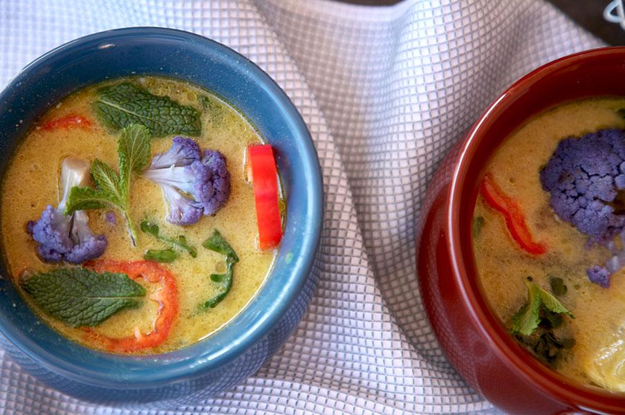 Sopa de coliflor morada