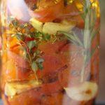 Aromáticos tomates cherry en conserva