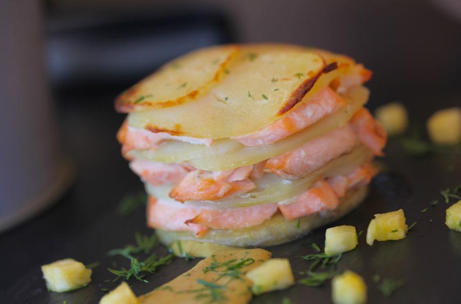 Milhojas de salmón y patata
