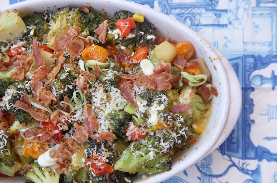 Brócoli asado con chalotas
