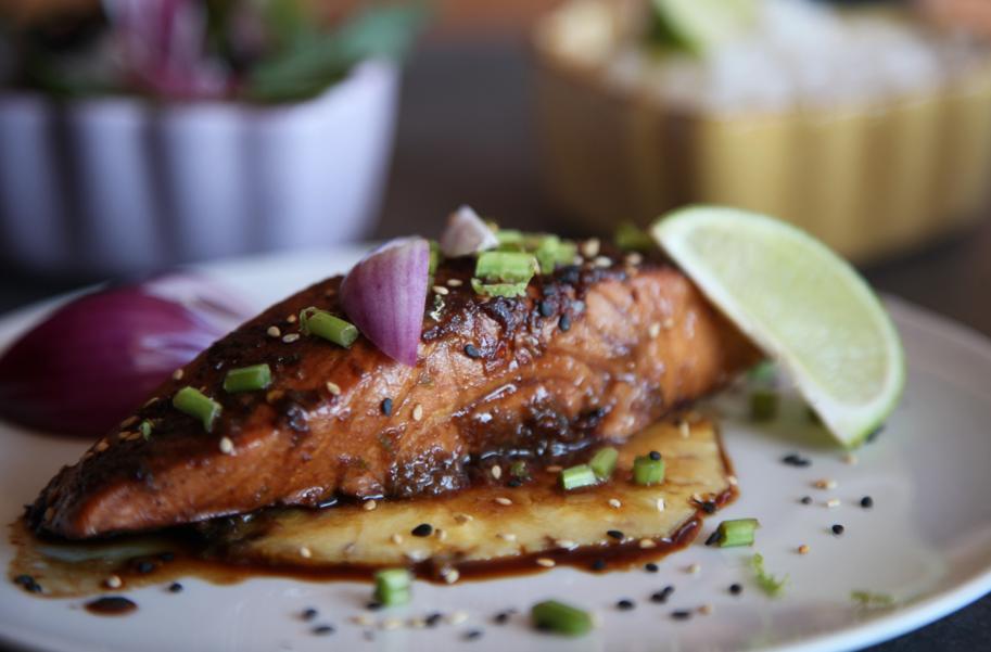 salmón glaseado